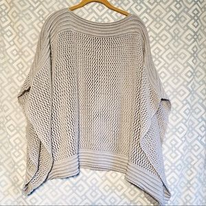 Bongo Gray Knitted Poncho Women's Large.